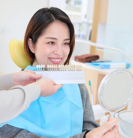 本当にセラミックの歯は虫歯にならないの?