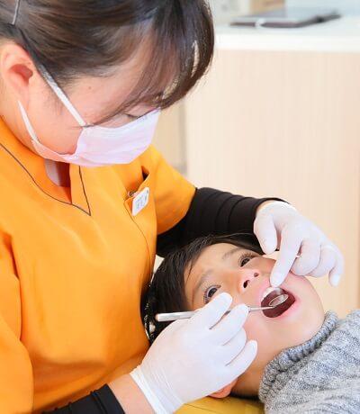 子供の前歯にすき間がある・すきっ歯